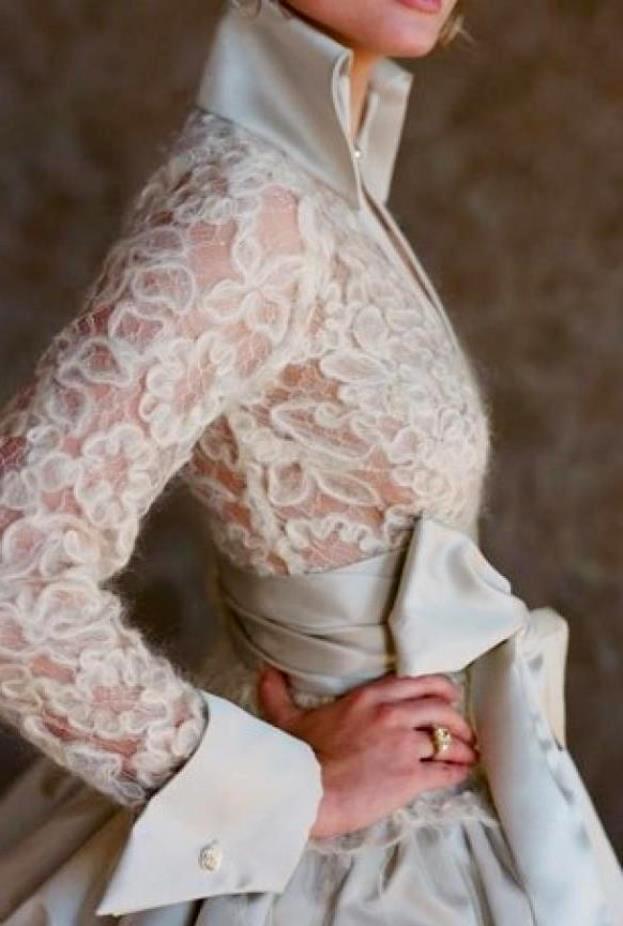 Блузка из шерстяной пряжи
