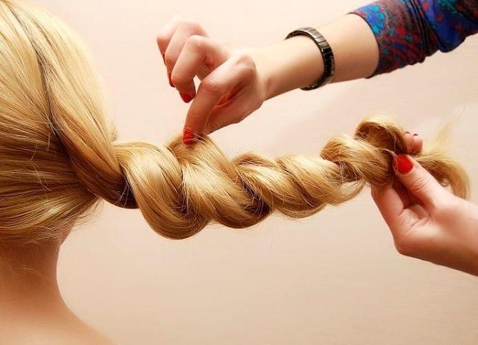 Широкий жгут из волос