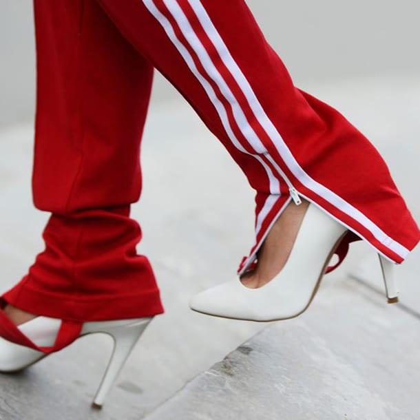 Спортивные штаны и туфли